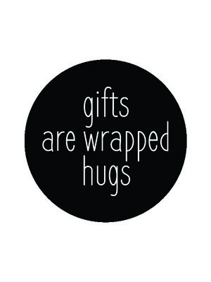 Sticker Gifts are wrapped hugs zwart/wit