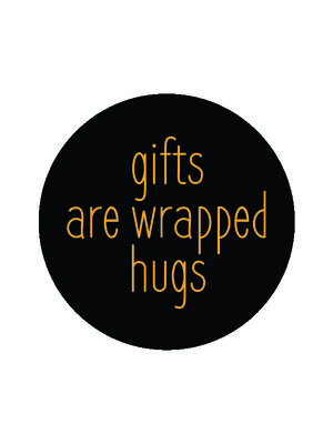Sticker Gifts are wrapped hugs zwart/goud