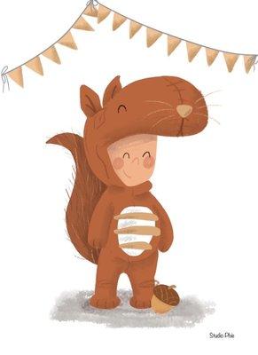 Ansichtkaart Kind verkleed als eekhoorn
