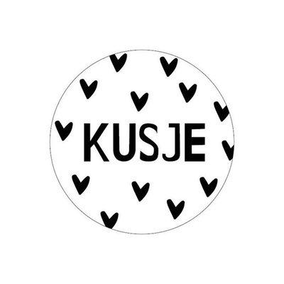 Sticker Kusje (hartjes)