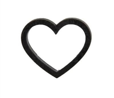 Houten hartjes zwart