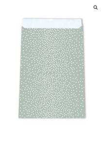 Cadeauzakjes Little dots green 17 x 25