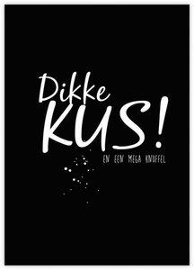Ansichtkaart Dikke kus en een mega knuffel