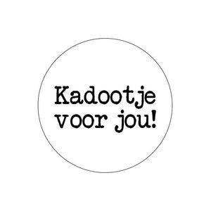 Sticker Kadootje voor jou! wit/zwart